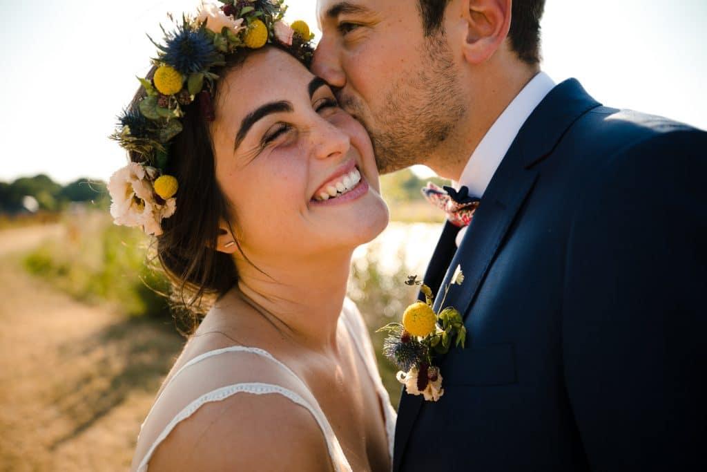 Photographie de La Corde au Coeur, photographe de mariage en Belgique. Photo de couple lors de la session de couple le jour du mariage. Mariage champetre