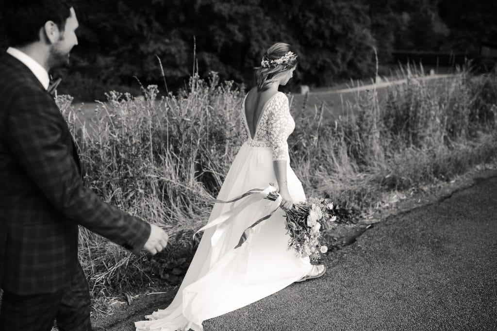 Photographe de mariage Belgique, photo lors de la session de couple. Mariage de Luc et Geraldine à La Carrière (Bioul)